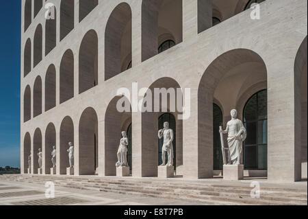 Palazzo della Civiltà Italiana, Palais de la civilisation italienne, également connu sous le nom de Colosseo Quadrato, Banque D'Images