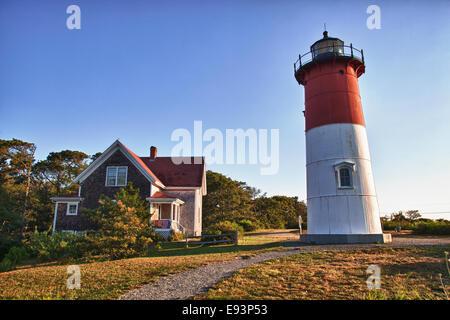 Nauset Light et la maison du gardien à Eastham, MA sur Cape Cod Banque D'Images