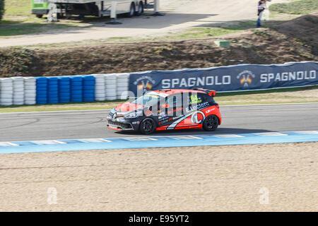 Eric Tremoulet de Vic'Team conduit sa voiture au cours de séance de qualifications à Jerez Banque D'Images