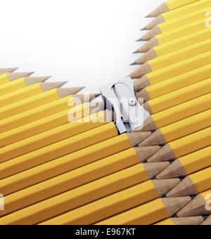 Une rangée de crayons et taille-crayons formant une fermeture éclair - arts, la créativité et l'illustration de Banque D'Images