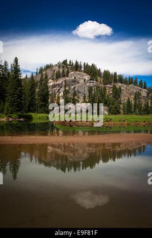 Slough Creek Trail, le Parc National de Yellowstone, Wyoming. Copyright Dave Walsh en 2014.
