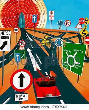 Femme confiant vers l'avenir objectif par le biais de confusion des routes et la signalisation routière Banque D'Images