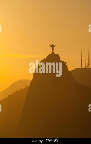 Vue depuis le mont Sugarloaf ou Pão de Açúcar, Rio de Janeiro, Brésil Banque D'Images