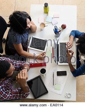 A meeting dans les petites entreprises, start-up Banque D'Images