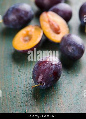 prunes fraîches Banque D'Images