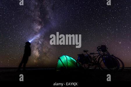Le camping sous les étoiles, désert de Gobi, Mongolie Banque D'Images