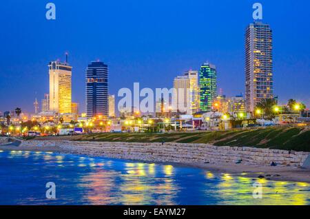 Tel Aviv, Israël sur les toits de la Méditerranée. Banque D'Images