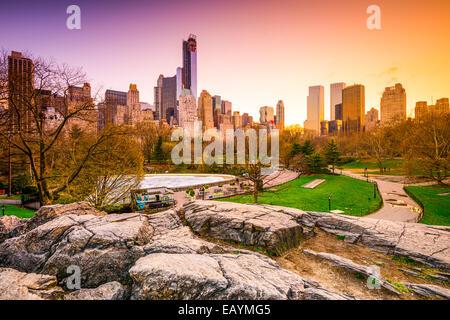 New York Ville paysage urbain vue de Central Park. Banque D'Images