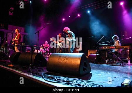 Rock alternatif américain tique en concert au O2 Academy Birmingham soutenant le Gaslight Anthem