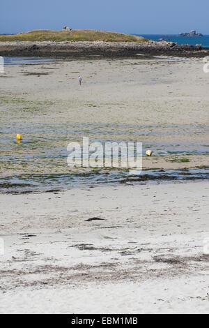 Segment de plage à marée basse, France, Bretagne, Océan Atlantique