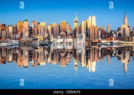 La ville de New York, USA city skyline de Manhattan. Banque D'Images