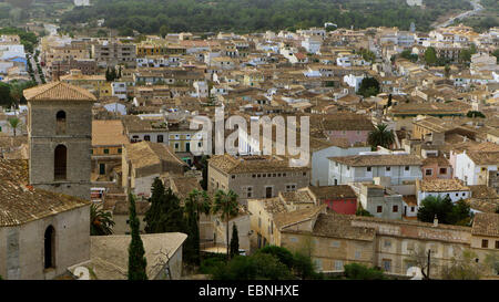 Voir d'Artß avec clocher, Espagne, Baléares, Majorque, Arta Banque D'Images