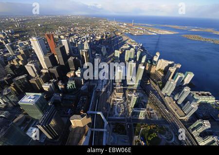 Vue de la ville de Toronto avec la station principale et le lac Ontario à partir de la Tour CN, Toronto, Ontario, Banque D'Images