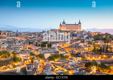Toledo Espagne Europe centre commercial historique espagnol business ... d881f38c543