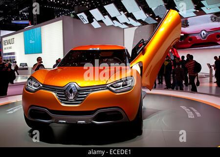 Genève - 8 mars: Le concept-car Renault Captur sur l'affichage à la 81e, Geneva Palexpo Salon International de Banque D'Images