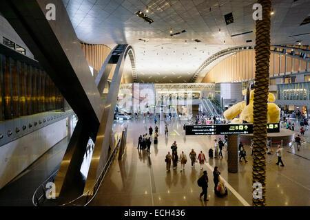 Intérieur de l'aéroport international Hamad nouveau à Doha Qatar