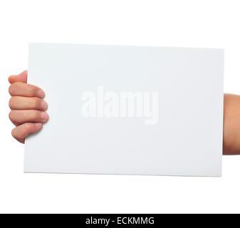 Un homme tenant une pancarte blanche avec une copie-espace avec est part Banque D'Images