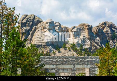 Mount Rushmore National Memorial Keystone Dakota du Sud des Présidents dans la pierre sur l'attraction historique Banque D'Images