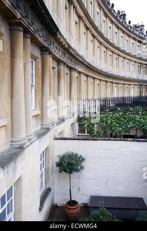 L'architecture géorgienne historique du cirque, Bath, Angleterre site classé au patrimoine mondial de l'UNESCO. Banque D'Images