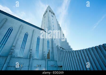 L'église Hallgrímskirkja à Reykjavik, Islande Banque D'Images