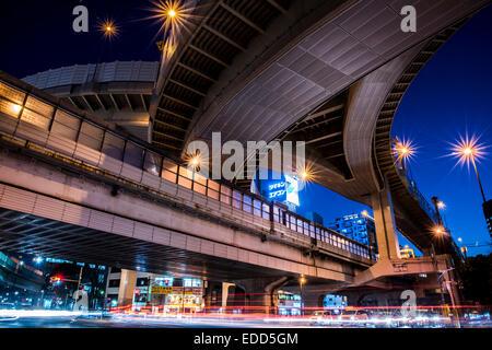 Des voies rapides, Bangkok, Tokyo, Japon Banque D'Images