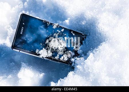 Smartphone Sony Gel Waterproof Smart Phone Android Sony Corporation PDG de l'entreprise mobile Banque D'Images