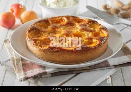 Tarte aux abricots et amandes. Abricot Tarte amandine. Banque D'Images