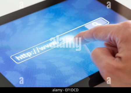 À l'aide d'une recherche Internet Tablet