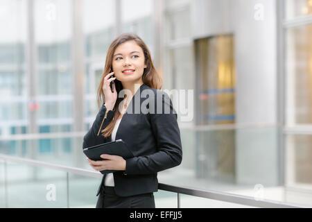 Portrait d'un asian businesswoman