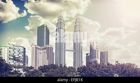 Retro vintage photo filtrée de Kuala Lumpur skyline. Banque D'Images