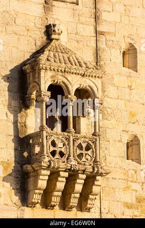 Lisbonne, Portugal. Détail de la 16e siècle Torre de Belem. La tour est un exemple important de l'architecture manuéline. Banque D'Images