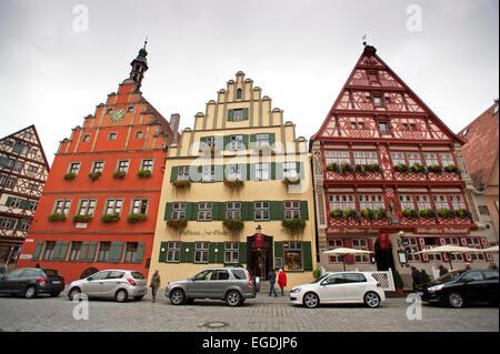 Maisons anciennes dans le centre historique de Dinkelsbuehl, Franconia, Bavaria, Germany Banque D'Images