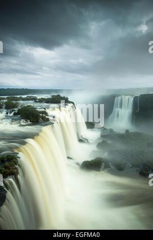 Garganta do Diablo, Foz do Iguaçu, Parque Nacional do Iguaçu, Brésil Banque D'Images