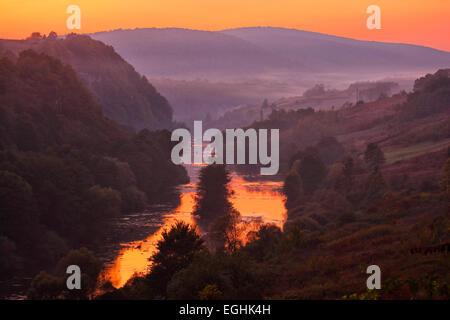 Coucher de soleil paysage de rivière Korana en Croatie, Europe Banque D'Images