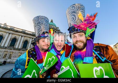 Belfast, Irlande du Nord. 27 févr. 2014 - Belfast Lord Mayor, Mairtin O Muilleoir, lance la libre St Patricks Day concert qui se tiendra à l'Hôtel de Ville le 16 mars