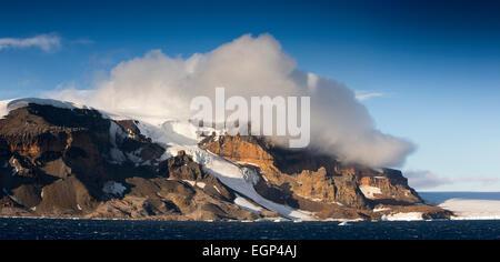 L'Antarctique, l'Antarctique Sound, Brown Bluff, affleurement volcanique, vue panoramique Banque D'Images