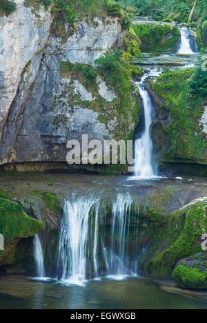 Cascade de la Billaude près de Vaudioux dans le département du Jura de France