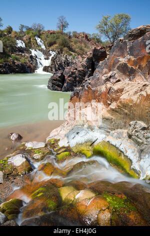 La Namibie, région de Kunene, Kaokoland, cascades de la rivière Kunene en aval d'Epupa Falls