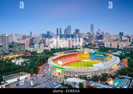 Beijing, Chine cityscape sur le stade en direction de la CDB. Banque D'Images