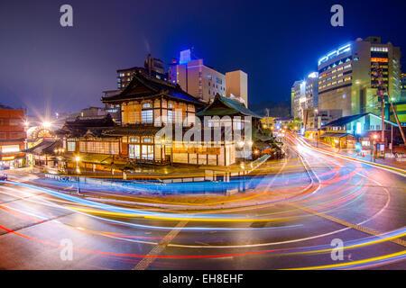 Matsuyama, Japon centre-ville à Dogo Onsen bath house. Banque D'Images
