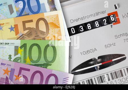 Les coûts de l'énergie de l'argent Banque D'Images