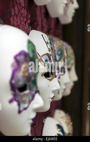 Les masques de carnaval vénitien. Banque D'Images