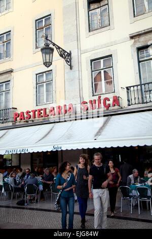 Pastelaria Suiça - café populaire sur la place du Rossio à Lisbonne - Portugal Banque D'Images
