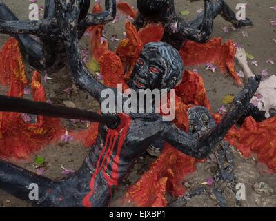 Les représentations de l'enfer au Wat Muang, Ang Thong, en Thaïlande. Banque D'Images