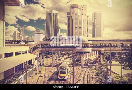 Retro photo stylisée d'une ville moderne, Kuala Lumpur, Malaisie. Banque D'Images