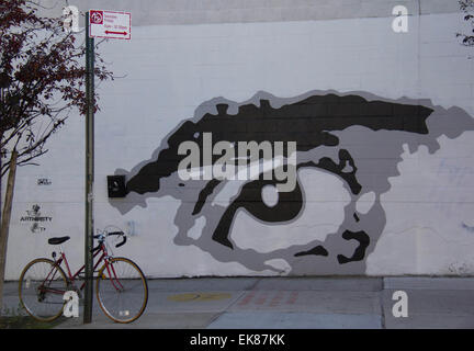 Los Angeles, USA. 14Th Nov, 2014. Photo prise le 14 novembre 2014 montre l'écriture Graffiti 'Oeil' à Brooklyn de Banque D'Images