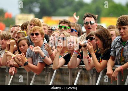 22.août.2010 - CHELMSFORD FANS AU FESTIVAL V à Chelmsford. Banque D'Images