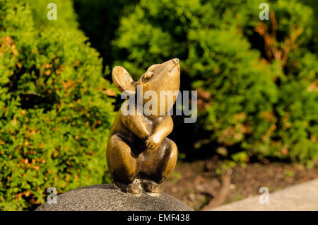 La vieille ville de Klaipeda Lituanie Klaipeda sculpture magique petite souris Banque D'Images