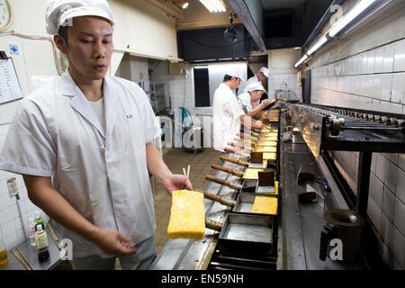 Boulangerie d'oeufs pour le sushi à Tokyo