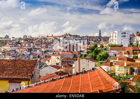 Porto, Portugal vieille ville d'horizon. Banque D'Images